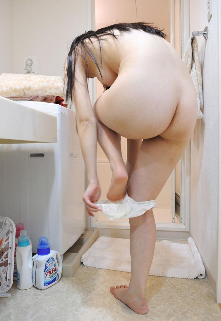 【ヌード画像】ムチっとしたプリっとしたヌードモデルらの綺麗なお尻で昇天w(35枚) 01