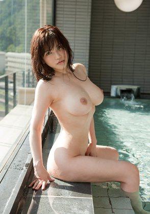 【ヌード画像】温泉美女の色っぽい肌に大興奮! 04