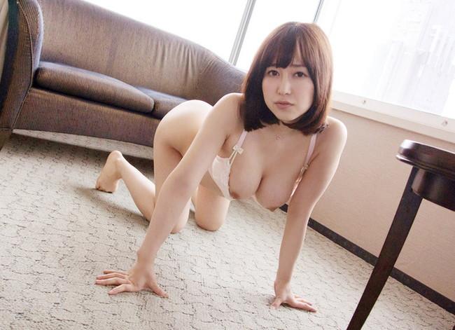【ヌード画像】女豹のポーズで悩殺必至!性的に食べられたいw 06