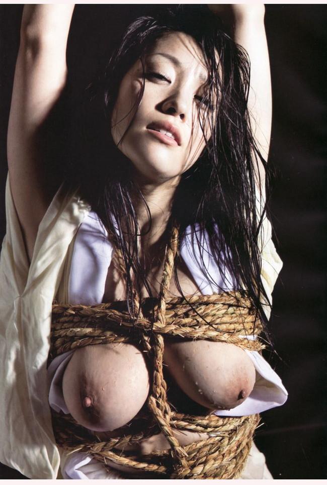 【ヌード画像】縛られた女たちに感じるサディズムな欲望 18
