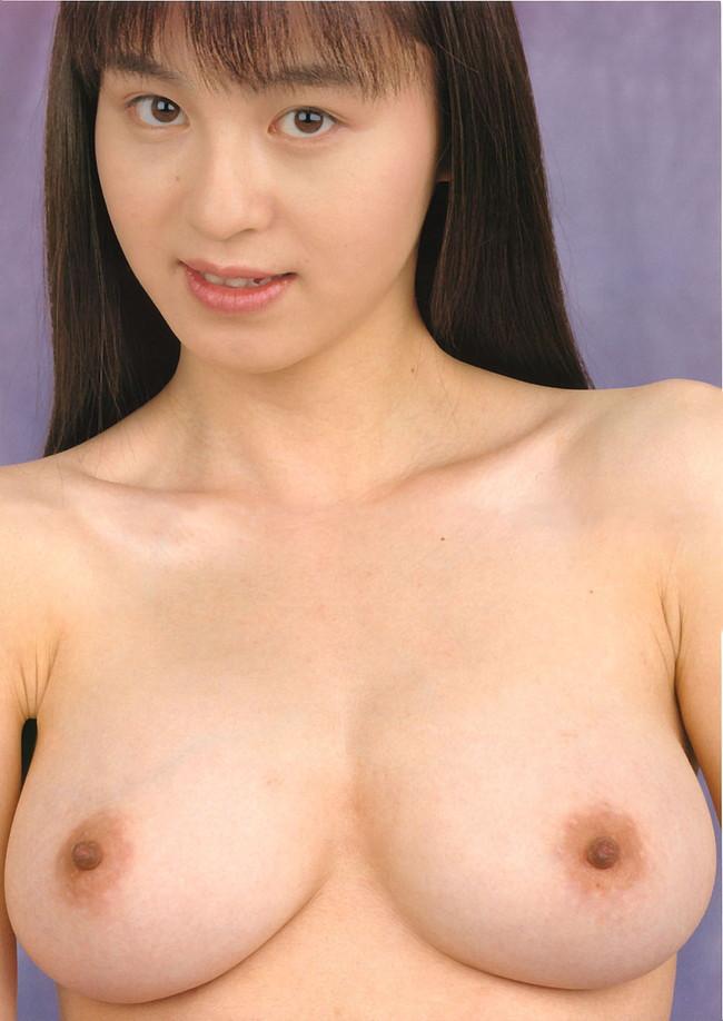 【ヌード画像】巨乳美人の大きすぎる乳房を見てると股間が大きくなったったw(31枚) 26