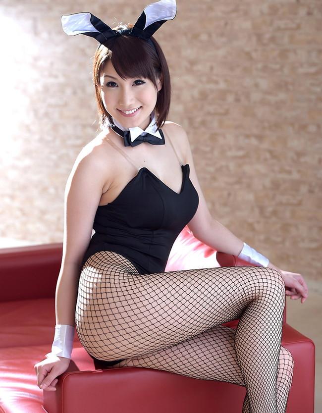 【ヌード画像】アダルトな雰囲気のバニーガール姿みてたらおっきしたw(35枚) 05