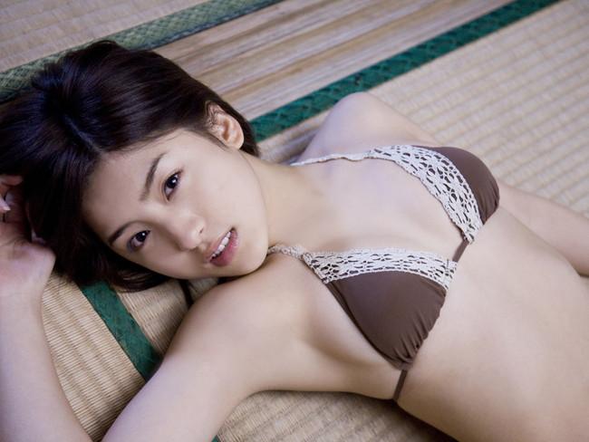 【ヌード画像】畳の上で素肌をさらす女の子が妙にそそるw(30枚) 17