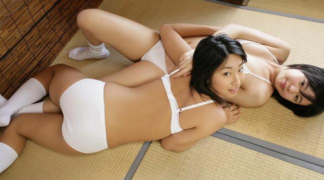 【ヌード画像】畳の上で素肌をさらす女の子が妙にそそるw(30枚) 26