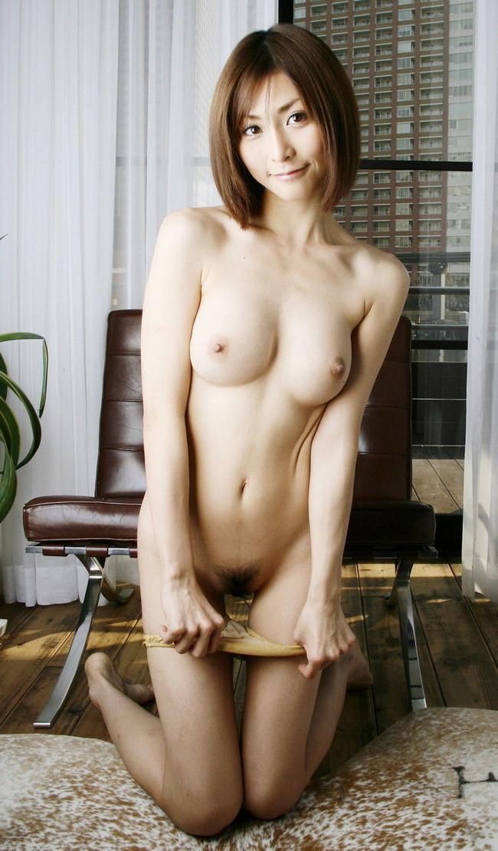 【ヌード画像】美乳の女の子とイチャイチャしたいw(34枚) 13
