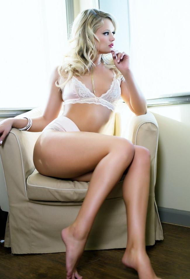 【ヌード画像】大陸産がスゲェ!金髪美女のセクシーヌード画像(30枚) 19