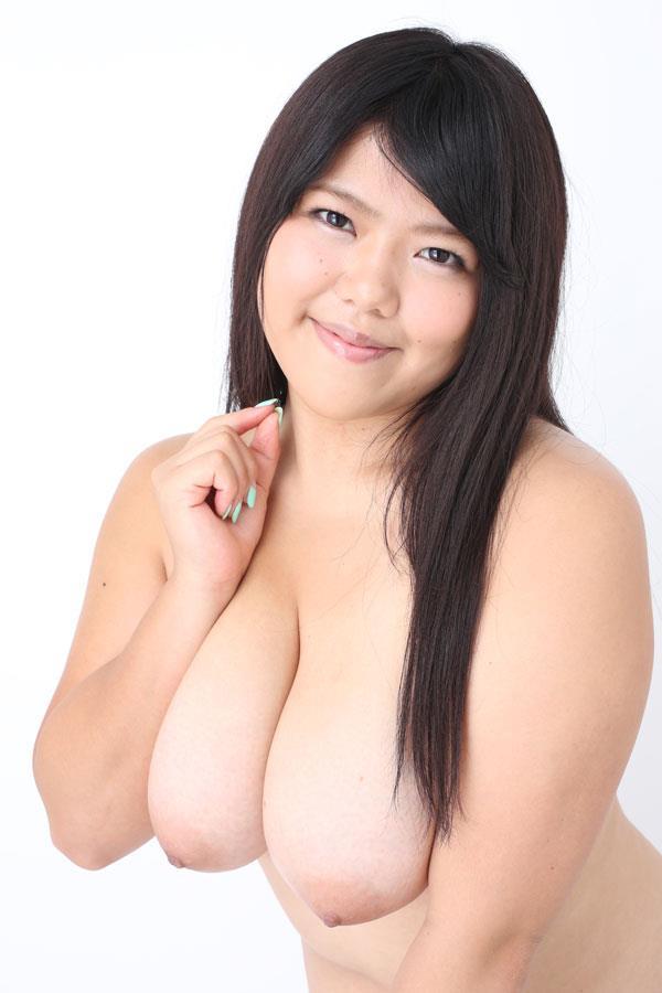 【ヌード画像】肉付きのいいぽっちゃり系女の子たちが可愛いw(30枚) 14