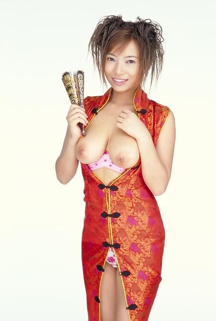 【ヌード画像】大人の色気漂うチャイナドレス美女で息子が大きくなっちゃったw(31枚) 13