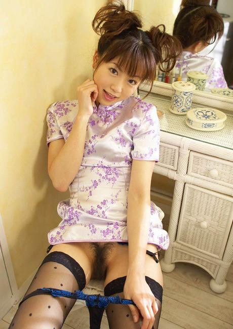 【ヌード画像】大人の色気漂うチャイナドレス美女で息子が大きくなっちゃったw(31枚) 16