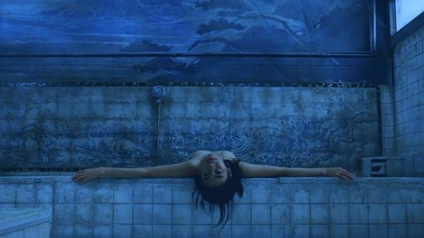 【ヌード画像】女の子の水中ヌードが艶めかしいw(34枚) 28