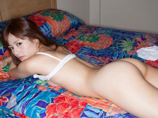 【ヌード画像】ホテルで裸を見せるエッチな女の子たちw(31枚) 09
