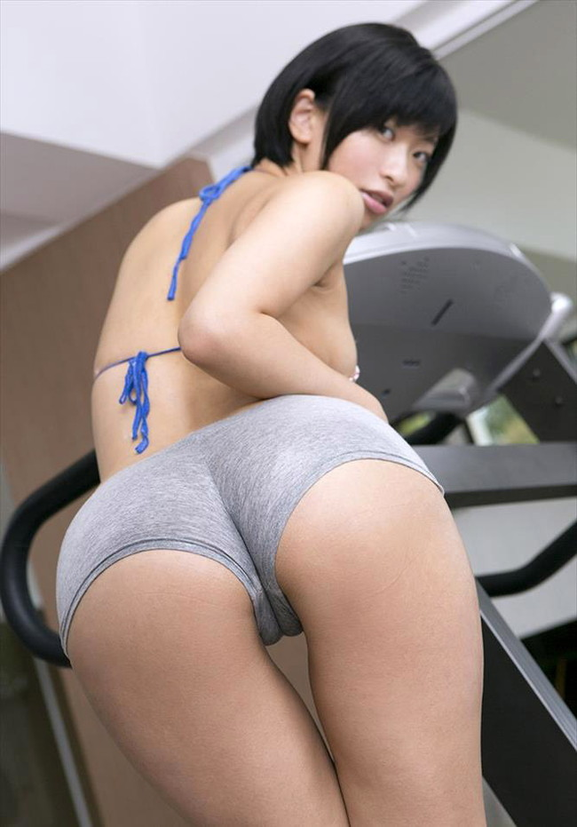 【ヌード画像】尻ドル倉持由香のセクシーセミヌード画像(33枚) 04