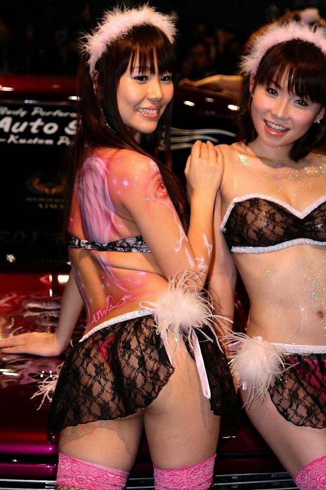 【ヌード画像】レースクイーンのパンチラ・胸チラ・セミヌード画像(33枚) 01