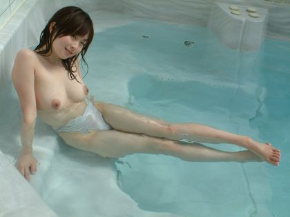 【ヌード画像】羽月希の可愛い裸体w(31枚) 02