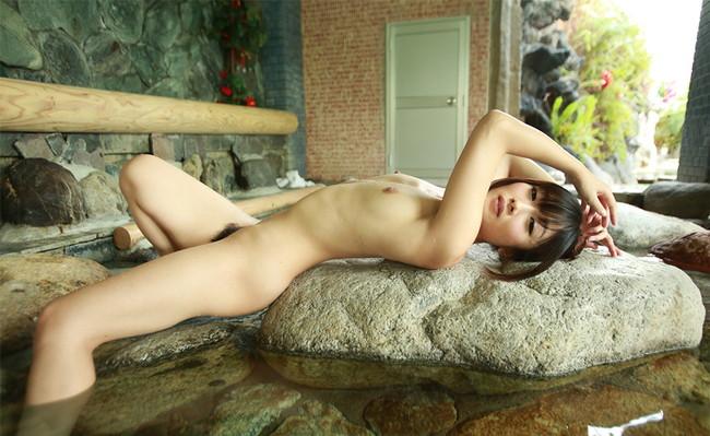 【ヌード画像】大槻ひびきのスレンダーな裸で股間がもっこりw(30枚) 03