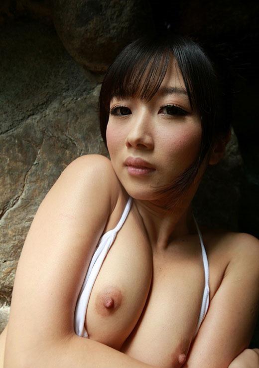 【ヌード画像】大槻ひびきのスレンダーな裸で股間がもっこりw(30枚) 12