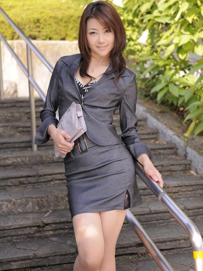 【ヌード画像】美熟女セクシー女優、北条麻妃の妖艶な裸体(30枚) 30