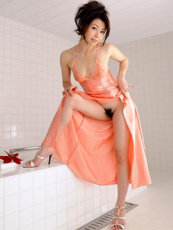 【ヌード画像】美熟女セクシー女優、北条麻妃の妖艶な裸体(30枚) 19