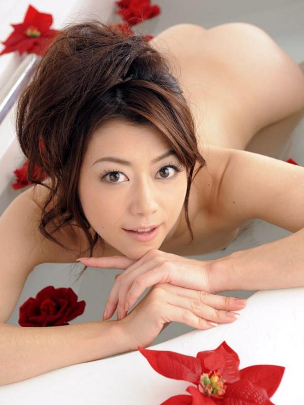 【ヌード画像】美熟女セクシー女優、北条麻妃の妖艶な裸体(30枚) 21