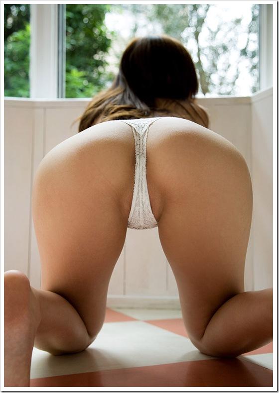 【ヌード画像】女の子の美尻が綺麗すぎてむしゃぶりつきたくなるw(32枚) 32