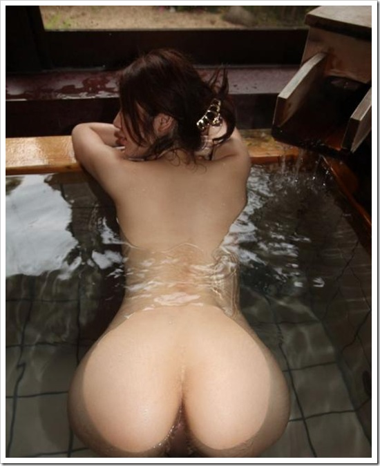 【ヌード画像】女の子の美尻が綺麗すぎてむしゃぶりつきたくなるw(32枚) 20
