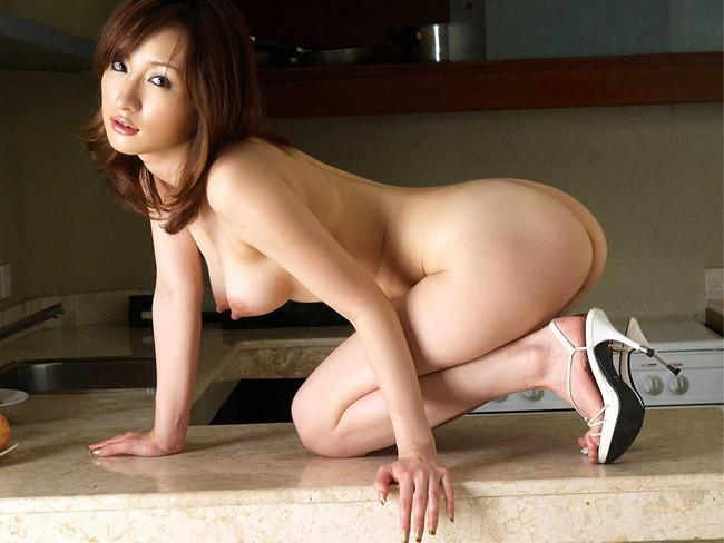 【ヌード画像】ハイヒール美女の美脚がたまらないw(35枚) 26
