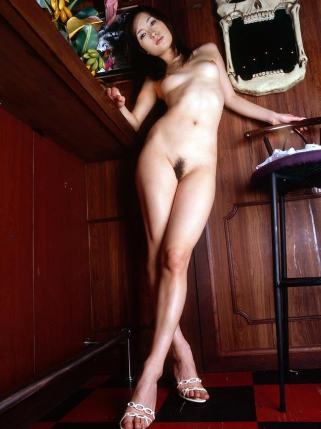 【ヌード画像】ハイヒール美女の美脚がたまらないw(35枚) 28