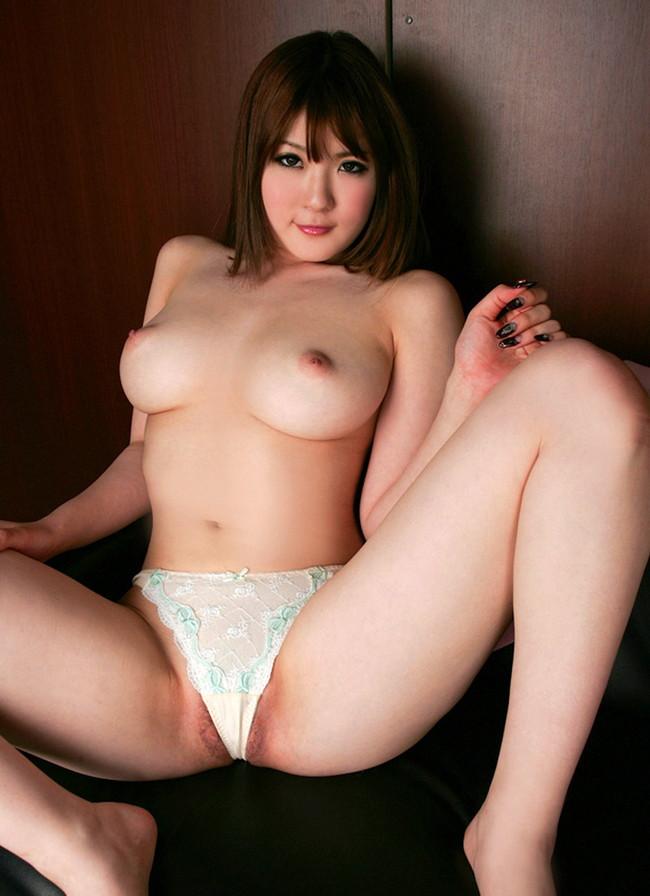【ヌード画像】パンティ1枚だけの女の子たちw全裸よりエロいw(30枚) 09