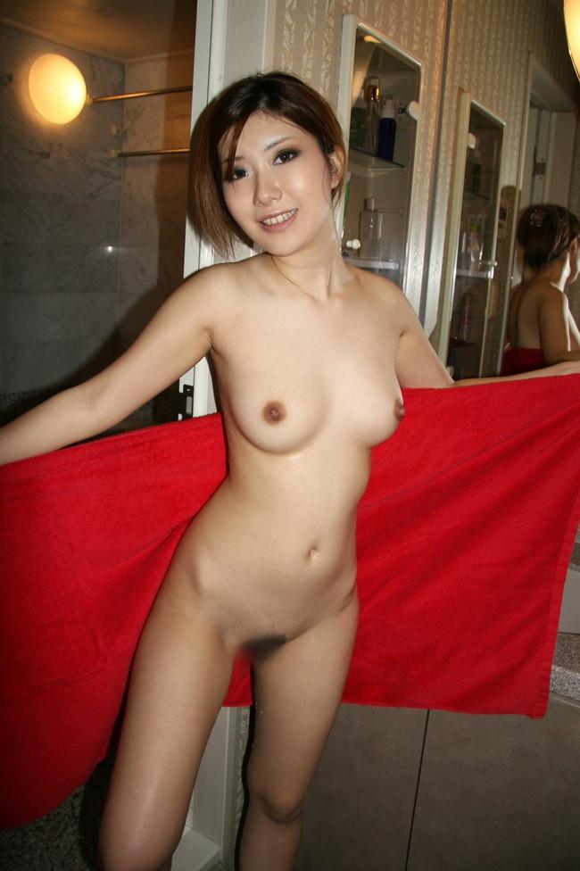 【ヌード画像】女の子の裸にバスタオル姿wこれは勃起不可避w(30枚) 25