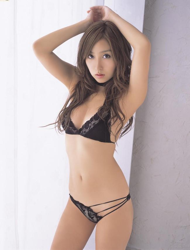 【ヌード画像】悩殺必至!美女たちの勝負下着画像(32枚) 29