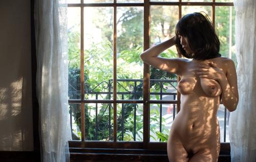 【ヌード画像】長瀬麻美の大きなおっぱいが色っぽいw(32枚) 08