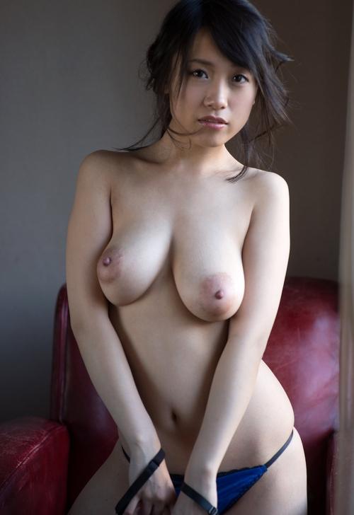 【ヌード画像】長瀬麻美の大きなおっぱいが色っぽいw(32枚) 11