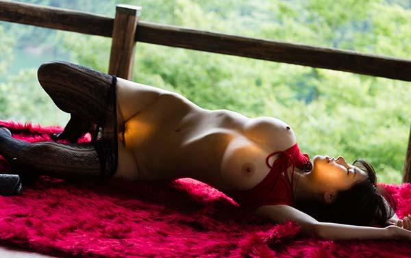 【ヌード画像】人類最強ボディ沖田杏梨のセクシー姿(31枚) 26