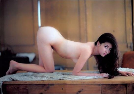 【ヌード画像】愛人にしたい女NO.1!橋本マナミのセミヌード画像(30枚) 24