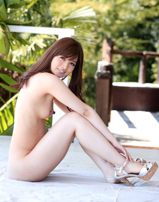 【ヌード画像】新山沙弥の綺麗な色白素肌をじっくり鑑賞したいw(30枚) 14