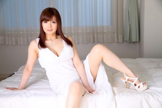 【ヌード画像】新山沙弥の綺麗な色白素肌をじっくり鑑賞したいw(30枚) 20