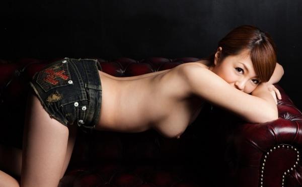 【ヌード画像】ホットパンツ美少女を見ていると心が熱くなるなw(32枚) 31