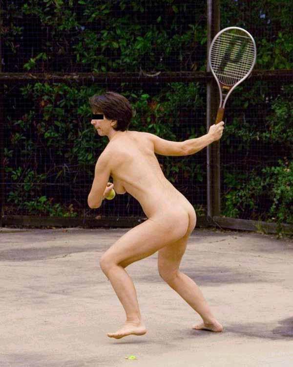 【ヌード画像】女の子の丸出しスポーツ姿が大胆すぎるw(31枚) 15