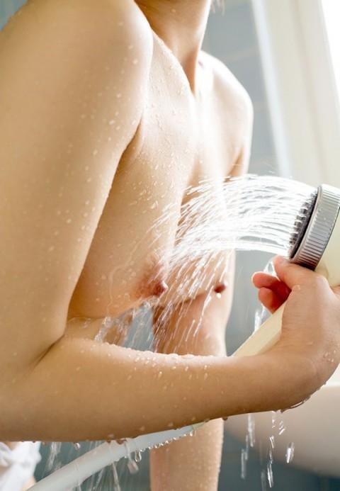 【ヌード画像】夏希みなみの色白でスレンダーな裸体がセクシーw(31枚) 28