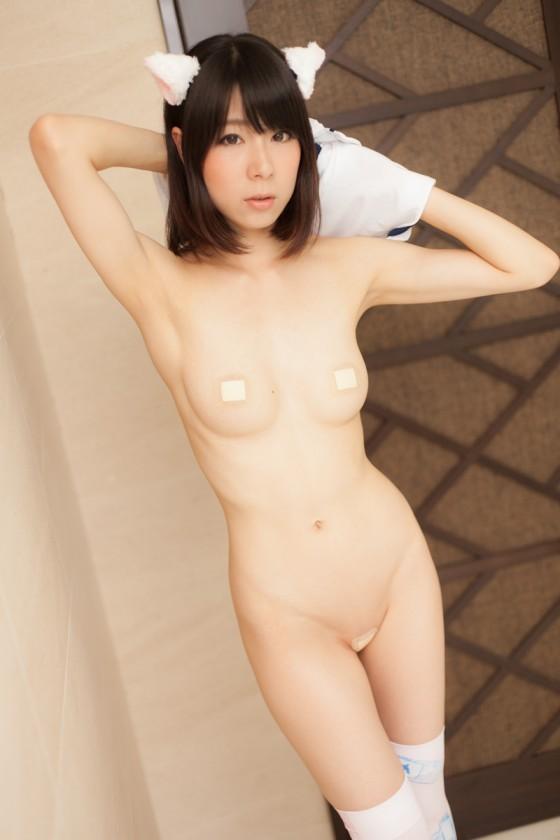 【ヌード画像】裸に絆創膏つけた美少女が好きなやつ集まれ~(31枚) 04