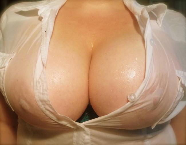 【ヌード画像】着衣ノーブラの美少女達を嫌いな男っているの!?(30枚) 19