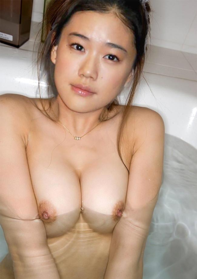 【ヌード画像】美女の谷間に股間の凸を突っ込みたいw(31枚) 23