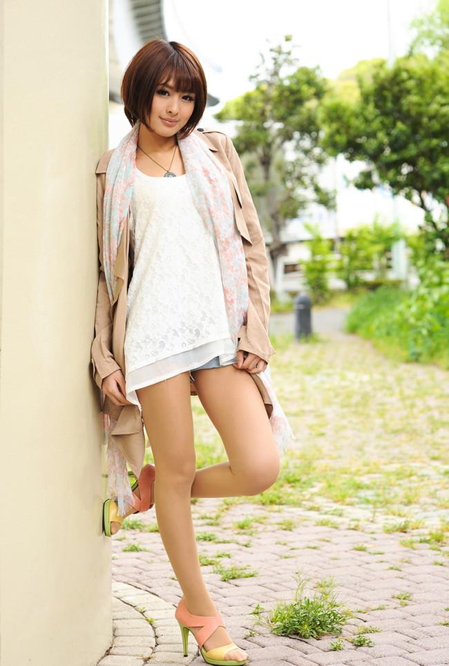 【ヌード画像】夏目優希のスレンダーな裸体が色っぽいw(31枚) 17