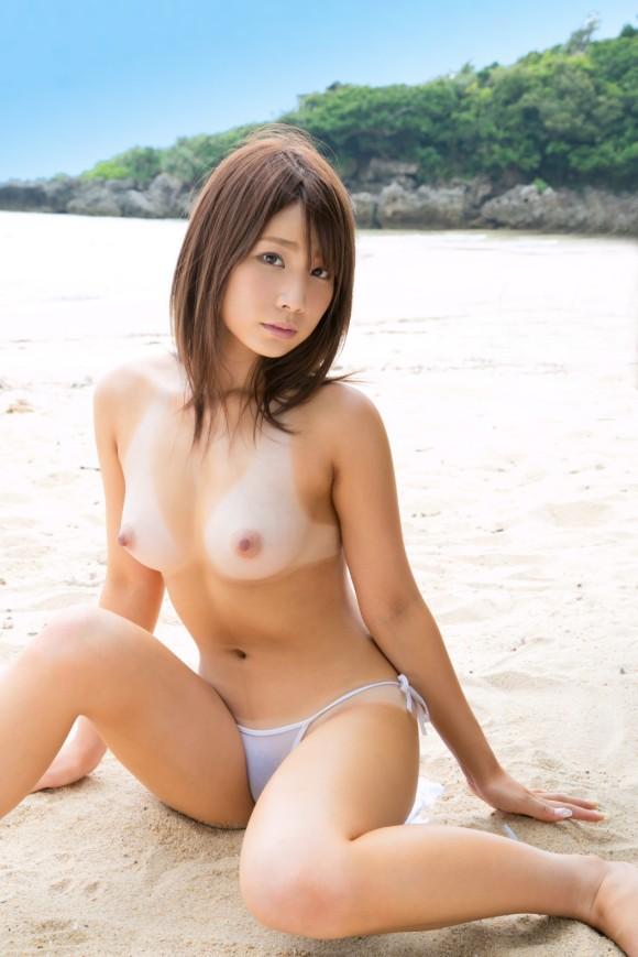 【ヌード画像】長谷川るいの色白美肌が魅力なスレンダーヌード画像(31枚) 10