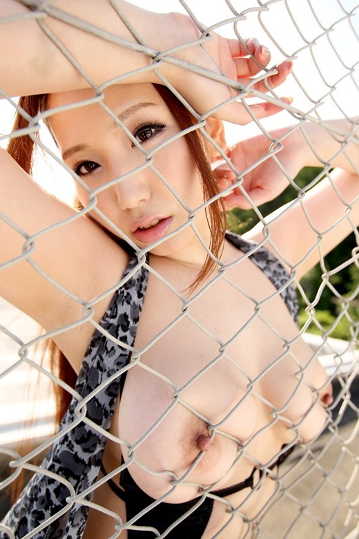 【ヌード画像】佐山愛のムチムチボディがセクシーなヌード画像(30枚) 21