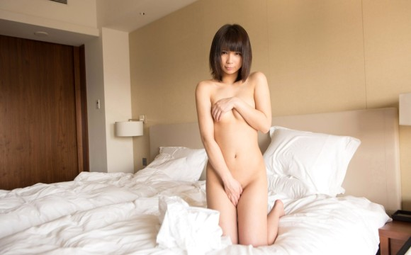【ヌード画像】片手で胸を隠す片手ぶら姿が超絶sexy!(33枚) 05
