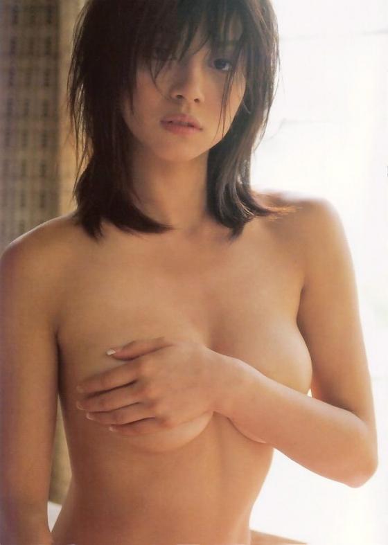 【ヌード画像】片手で胸を隠す片手ぶら姿が超絶sexy!(33枚) 12