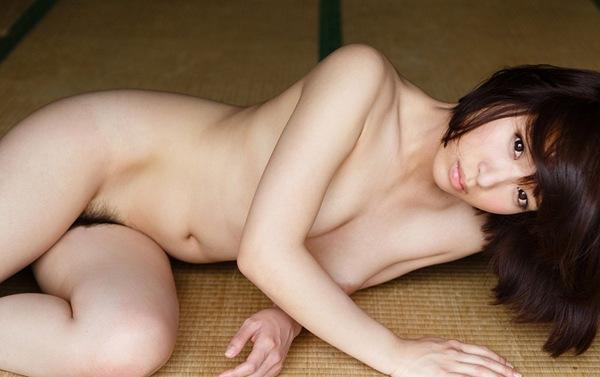 【ヌード画像】片手で胸を隠す片手ぶら姿が超絶sexy!(33枚) 14