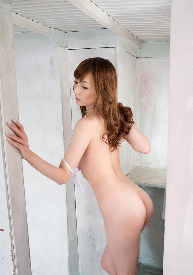 【ヌード画像】冬月かえでのスレンダーな体が美しいヌード画像(30枚) 21