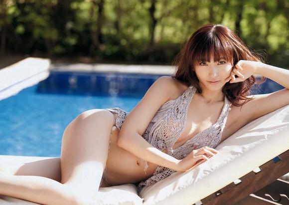 【ヌード画像】フル勃起確実w下着姿や水着姿で腋を見せる女の子w(32枚) 15